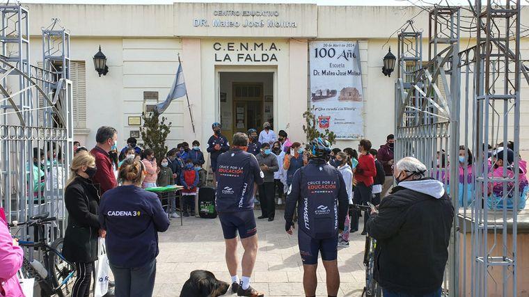 FOTO: El Cruce por la Educación en la escuela Mateo José Molina de La Falda