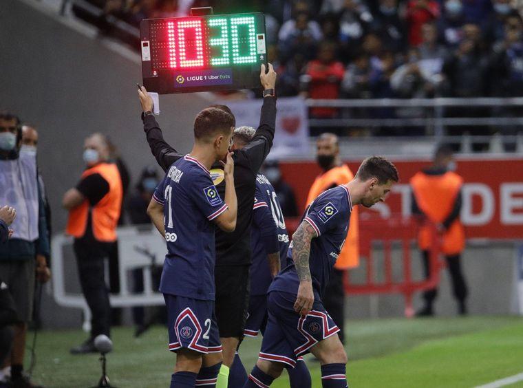 Con Messi en la cancha, el PSG vence 2-0 al Reims - Fútbol - Cadena 3  Argentina