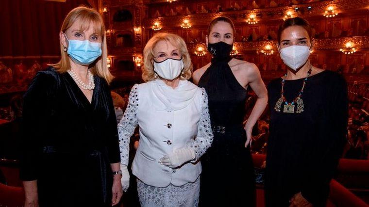 FOTO: Mirtha Legrand volvió al Teatro Colón y fue ovacionada