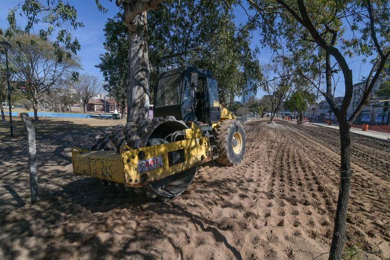 FOTO: Avanzan las obras en el parque Las Heras en Córdoba.