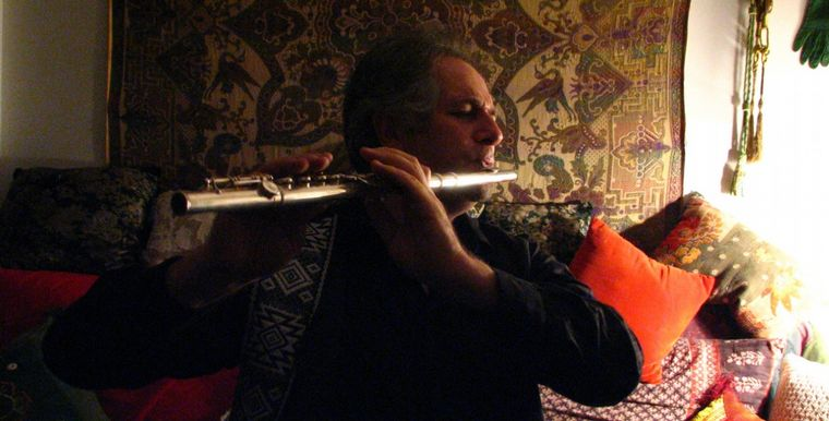 FOTO: José Luis tocando con Sergio Denis.