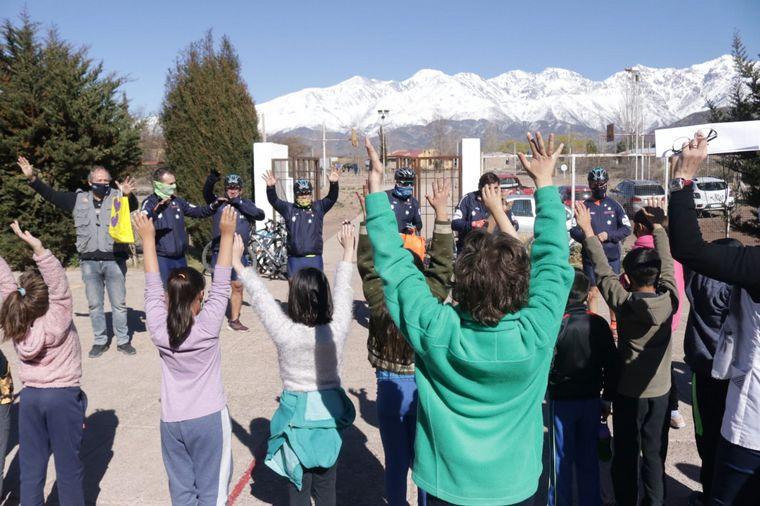 FOTO: El Cruce por la Educación en la escuela Carlos Negri, de Potrerillos