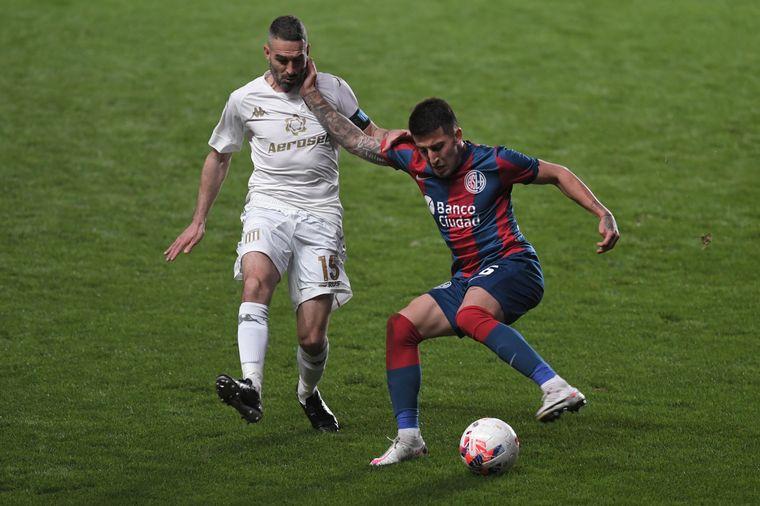 FOTO: Racing y San Lorenzo se enfrentaron este lunes