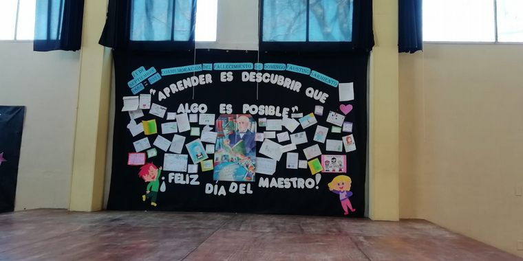 FOTO: El Cruce por la Educación en la escuela Domingo Faustino Sarmiento en Nono