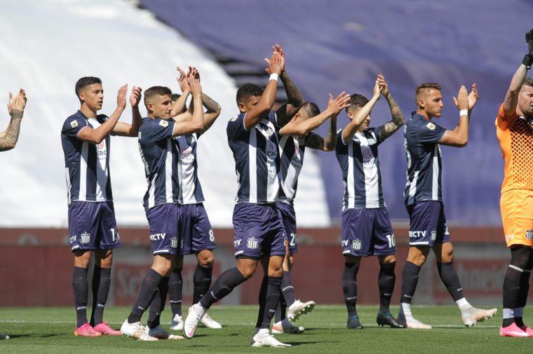 FOTO: Talleres y Platense abrieron el martes futbolero.