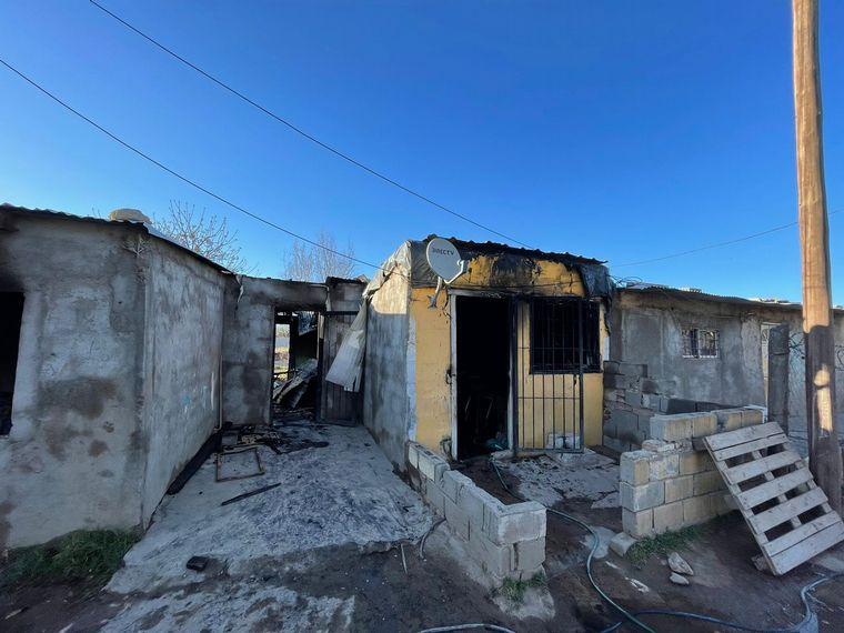 FOTO: El incendio causó daños totales.