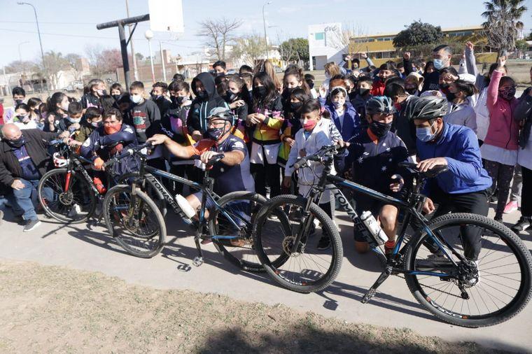 FOTO: El Cruce por la Educación en la escuela Juan Bautista Alberdi de Toledo