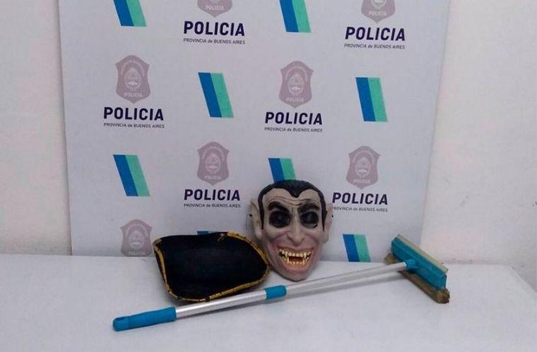 FOTO: Fue detenido por perseguir deportistas con una máscara de vampiro (Foto: ilustrativa)