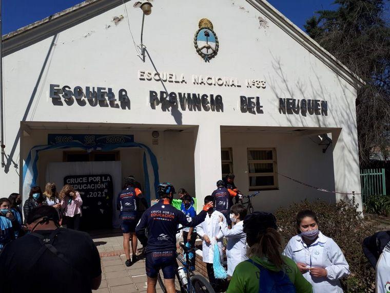 FOTO: El Cruce por la Educación, en Bell Ville