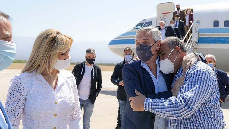 FOTO: El gobernador de La Rioja, Ricardo Quintela, recibió al Presidente.