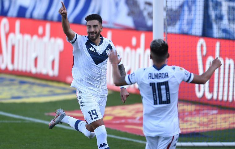 FOTO: Aldosivi de Mar del Plata, no pudo con Vélez.