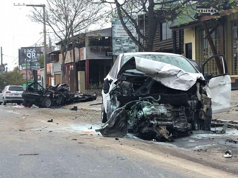 AUDIO: Un brutal choque dejó tres muertos en Córdoba