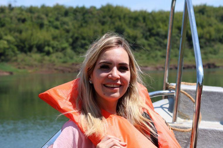 FOTO: Agustina Vivanco recorrió Puerto Bemberg