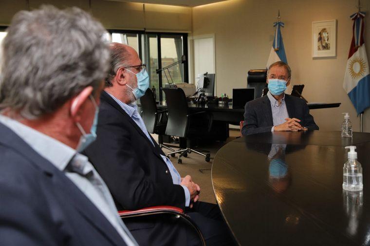 FOTO: Schiaretti se reunió con la Mesa de Enlace