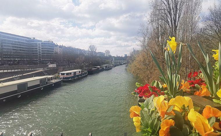 FOTO: Neuilly-Sur-Seine nuevo barrio de Messi.