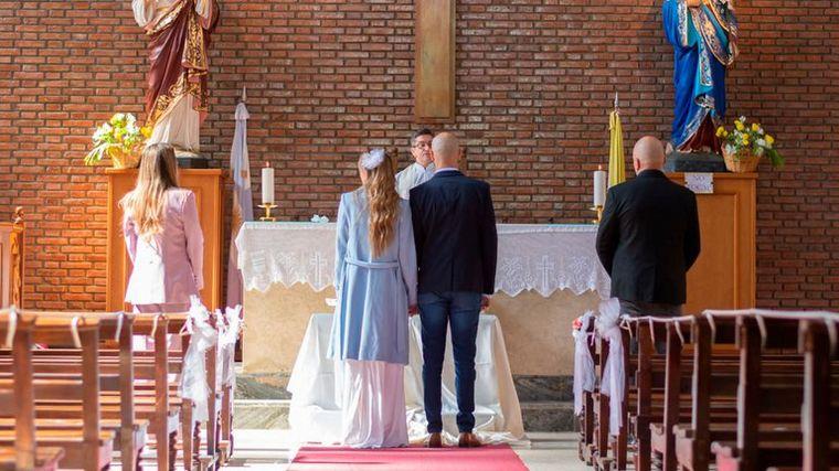 FOTO: Abel Pintos y Mora Calabrese se casaron en una ceremonia íntima