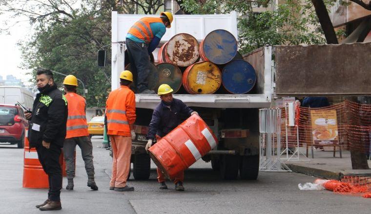 FOTO: Complicaciones para usuarios del transporte en la Maipú.
