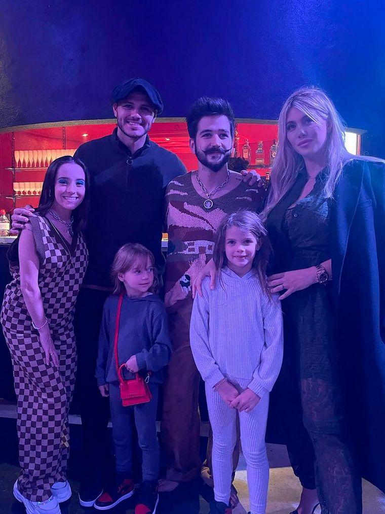 FOTO: Messi, Icardi y Di María, en el recital de Camilo y Eva Luna
