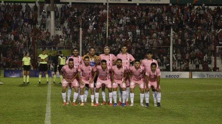 FOTO: El fútbol argentino se tiñe de rosa en octubre.