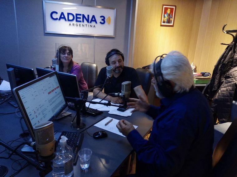 FOTO: Raúl Lavié, en los estudios de Cadena 3