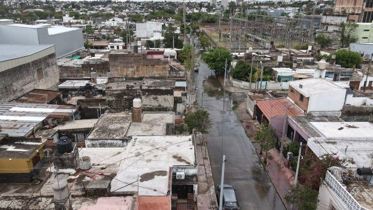 AUDIO: El caño roto en calle Orgaz no afectó al agua potable