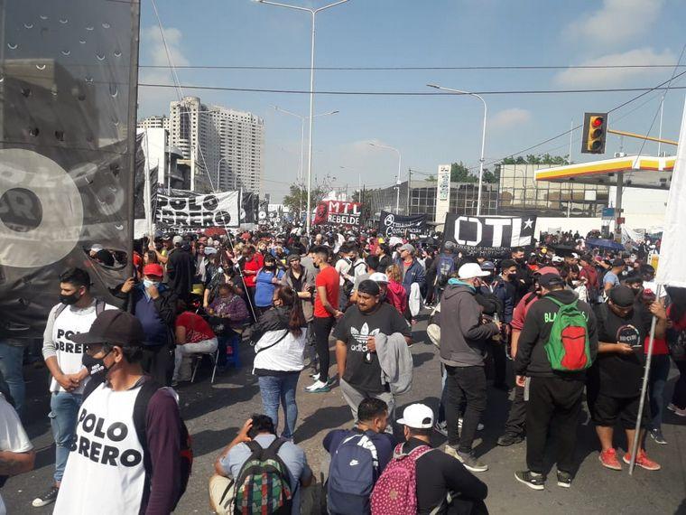 FOTO: Piquetes en Buenos Aires reclaman por trabajos genuinos