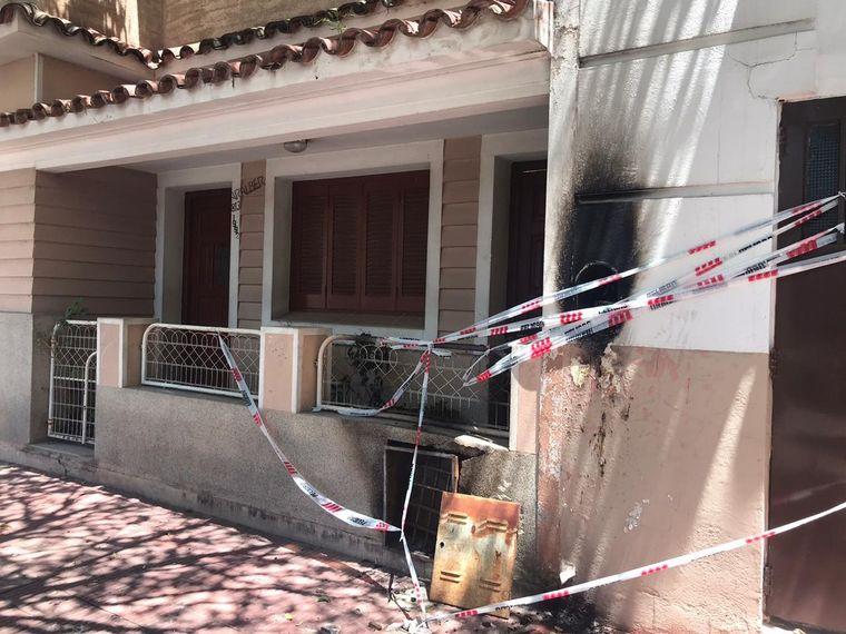 Un rayo cayó en barrio Sarmiento y dejó dos casas sin luz - Cadena 3